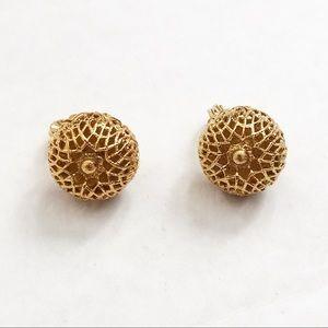 Gold Monet round earrings